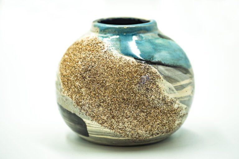 GC 123_Japanese turquoise pottery vase_white (1)